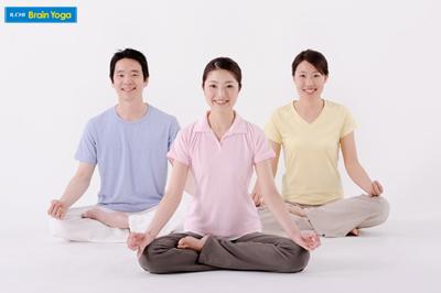 脳活性を促すイルチブレインヨガの呼吸法